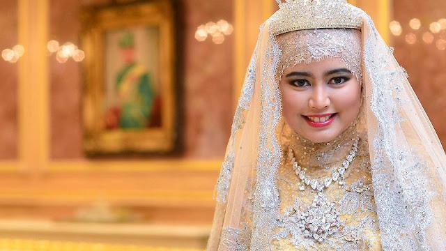 Hajah Hafizah Sururul Bolkiah gambar muslimah paling kaya di dunia