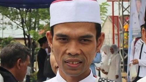 Sempat 'Ngamuk' Soal Dana Haji tapi Kini Ngaku Tak Paham, UAS Dicibir Politisi PDIP: Gak Malu Jadi Ustaz?