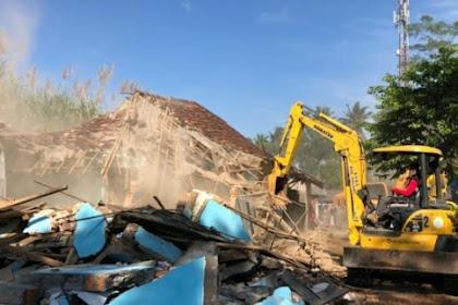 Pemkab Malang Robohkan Tempat Pelacuran Girun di Gondanglegi