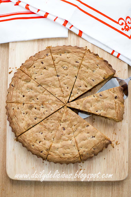 Giant Chocolate Chip Cookie Cake With Ice Cream Inside