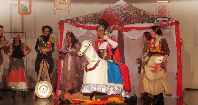 Espetáculo Jorge, o Santo Guerreiro