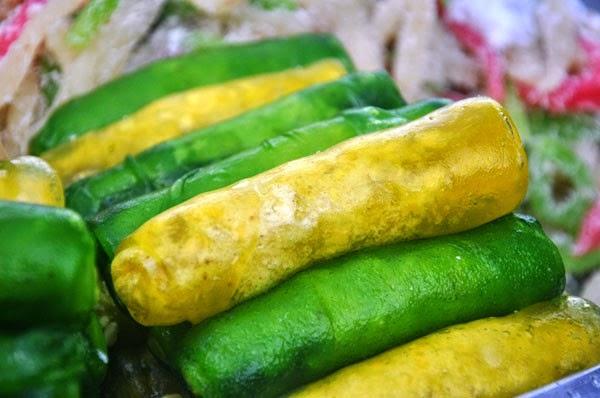 Bánh cuộn đậu xanh ăn lớp vỏ giòn, nhân thơm lừng