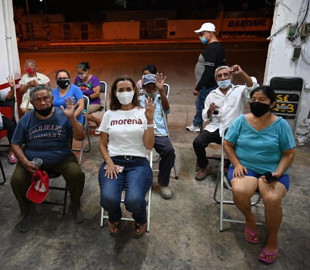 Candidata de Morena destaca en foro con industriales yucatecos