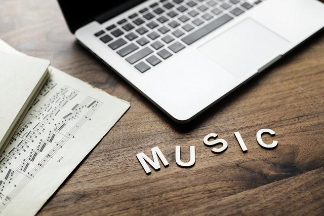 https://www.iko.web.id/2018/11/mendengar-musik-dengan-mengenal-musik.html
