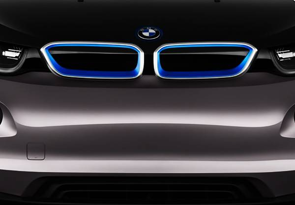 2019/2020 BMW i5 electric crossover SUV Rumors