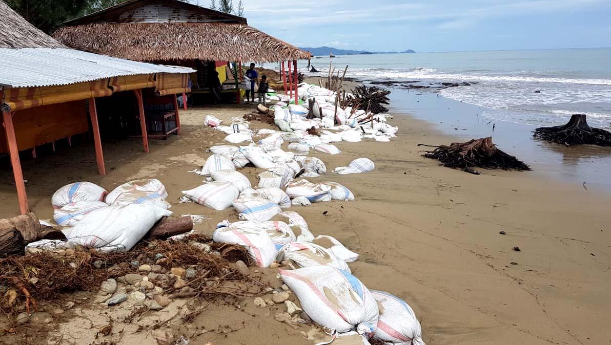Abrasi pantai terjadi Nagari Api-Api, Bayang, Kabupaten Pesisir Selatan