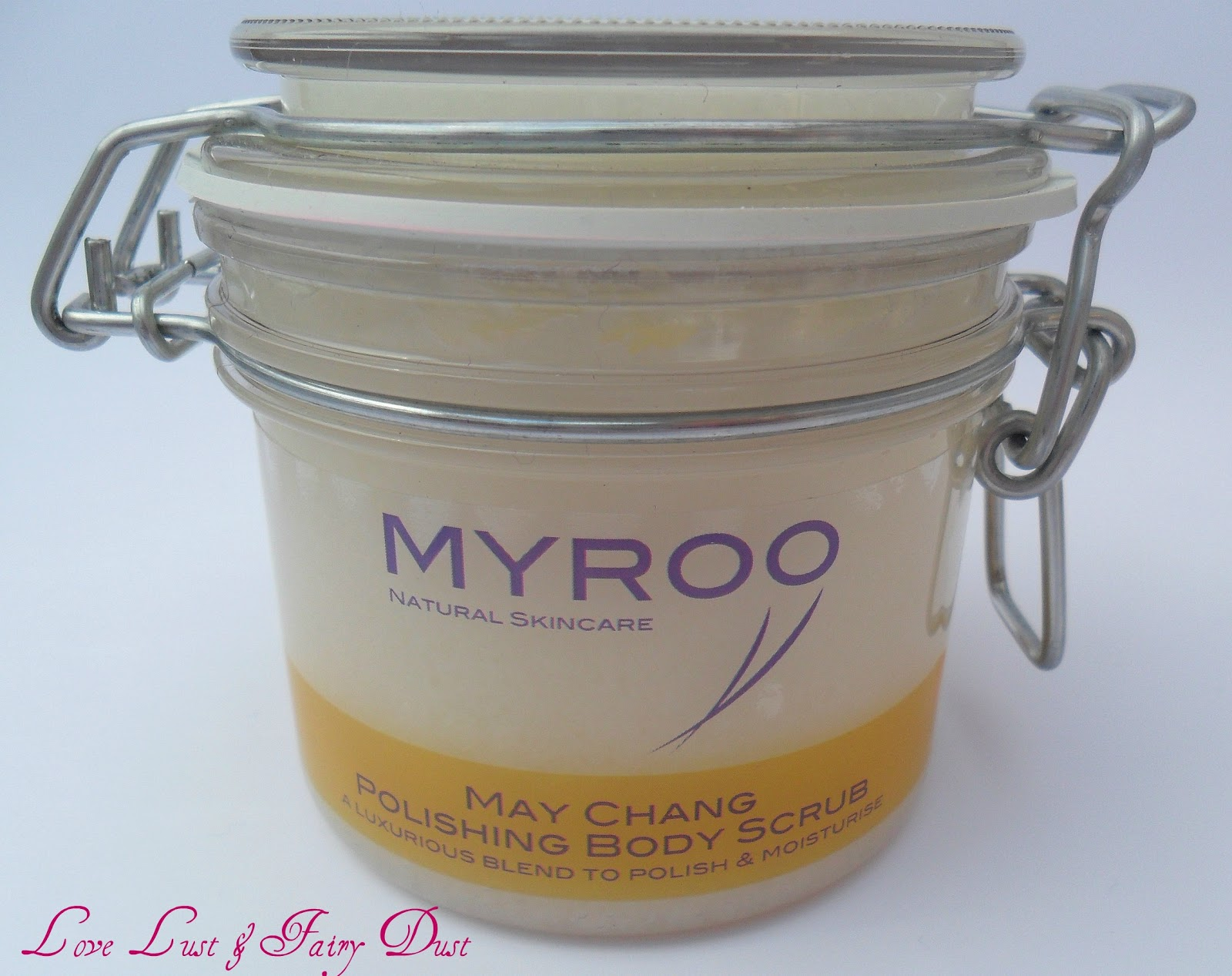 Myroo May Chang Polishing Body Scrub