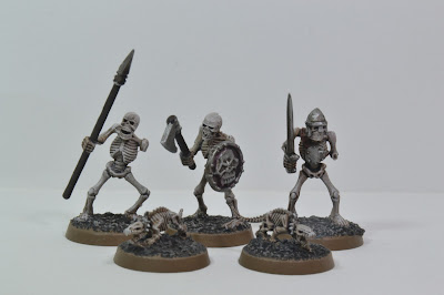 Warhammer Skeletons and Mantic undead Rats