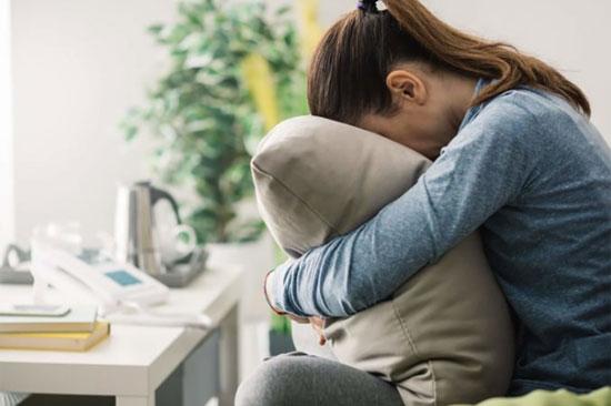 DEPRESI : Salah satu sebab kamu tidak dapat tidur di malam hari adalah depresi dan ini harus kamu perhatikan. Foto dari Reader Digest COM