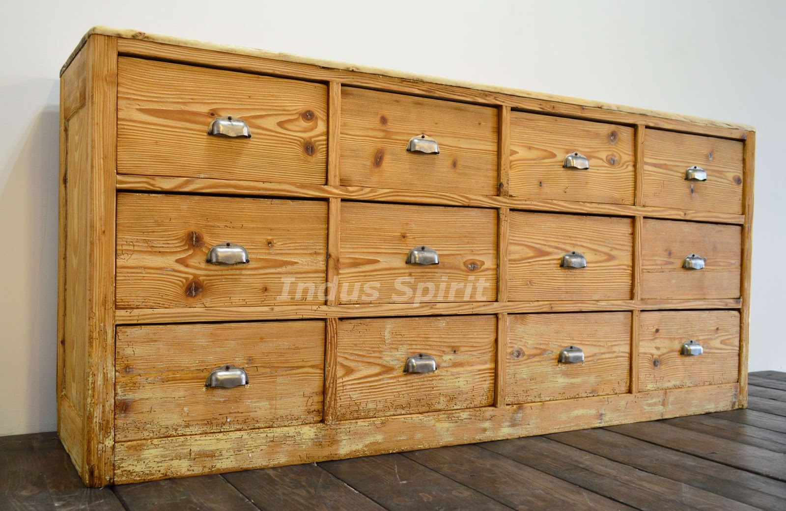 meuble de m tier. Black Bedroom Furniture Sets. Home Design Ideas