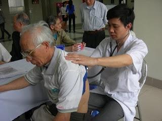 Đặc điểm bệnh viêm phế quản ở người cao tuổi