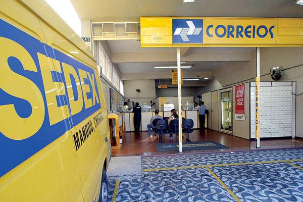 PT aciona STF contra a privatização dos Correios pelo governo Jair Bolsonaro