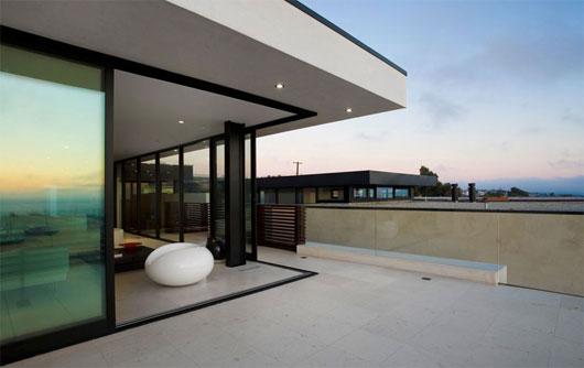 Minimalist beach house with modern architecture design
