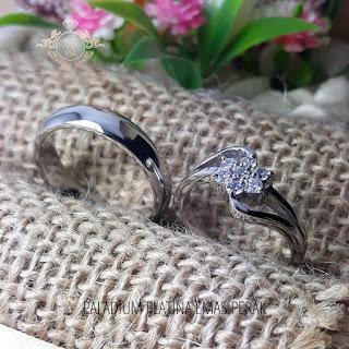cincin kawin perak batu zircon