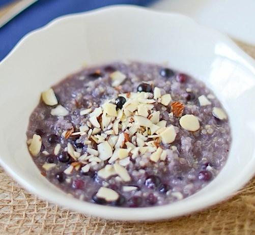Hot Blueberry Honey Breakfast Quinoa Recipe #healthy #vegan