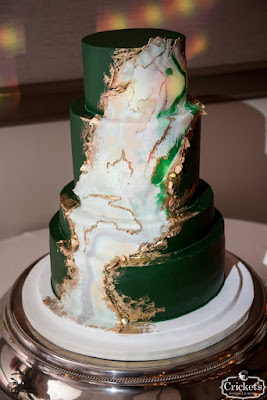 green wedding cake with marble