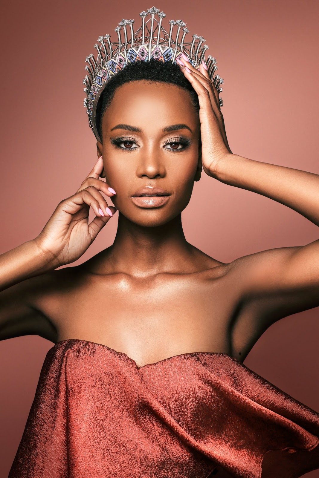 Miss SA 2019 Miss - Zozibini Tunzi Embrace African Roots - Bio For Miss Universe