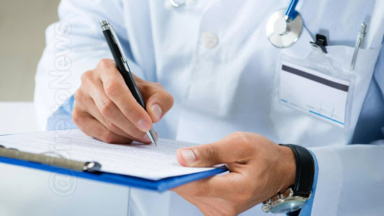 conselho medicina restringir titulo pos graduacao