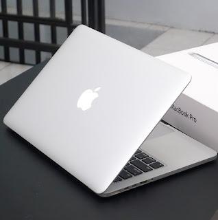 MacBook Pro Retina i5 (13-inch, Early 2015) Fullset
