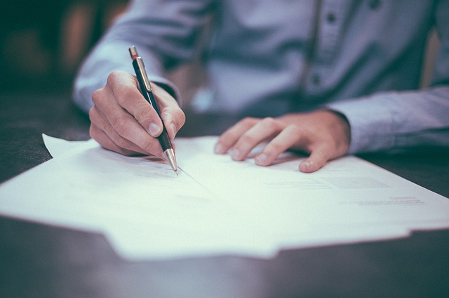 Cara Menulis Surat Lamaran Pekerjaan yang Baik dan Benar