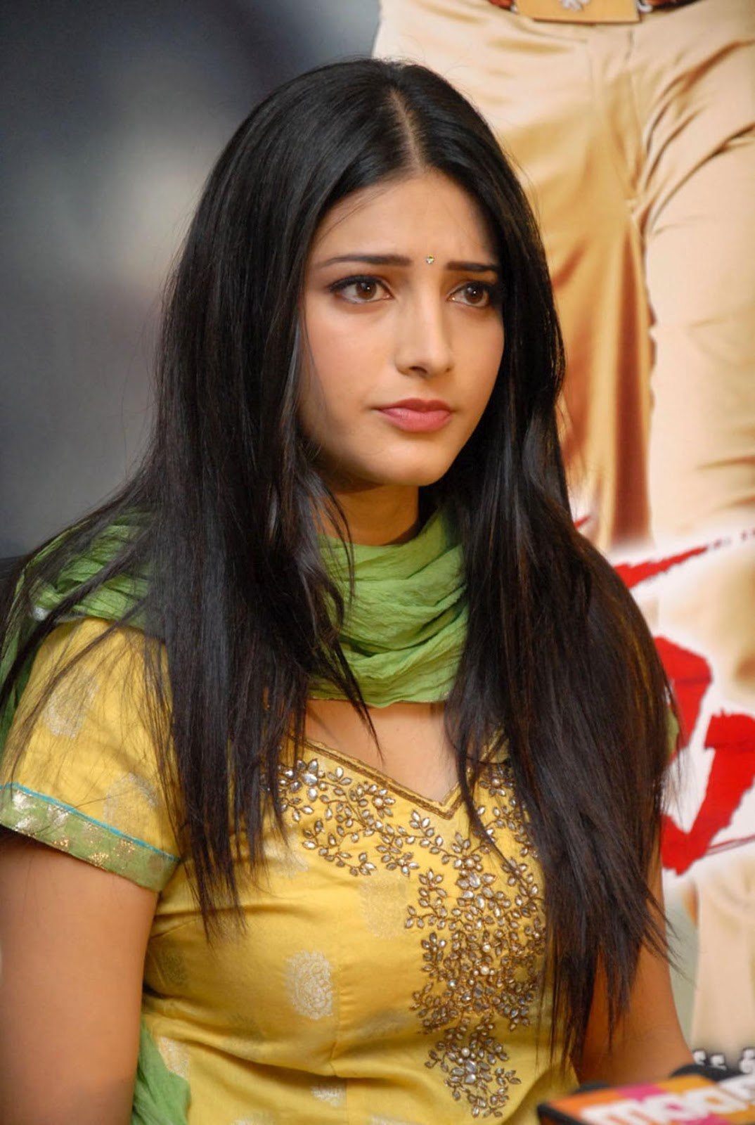 High Quality Bollywood Celebrity Pictures Shruti Hassan -2416