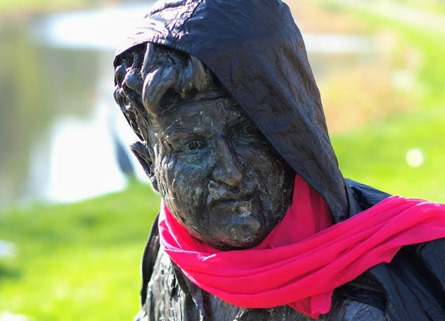 Dublin Northside Attraction: Brendan Behan statue on the Royal Canal