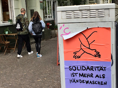 Solidaritaet ist mehr als Haendewaschen (Plakat)