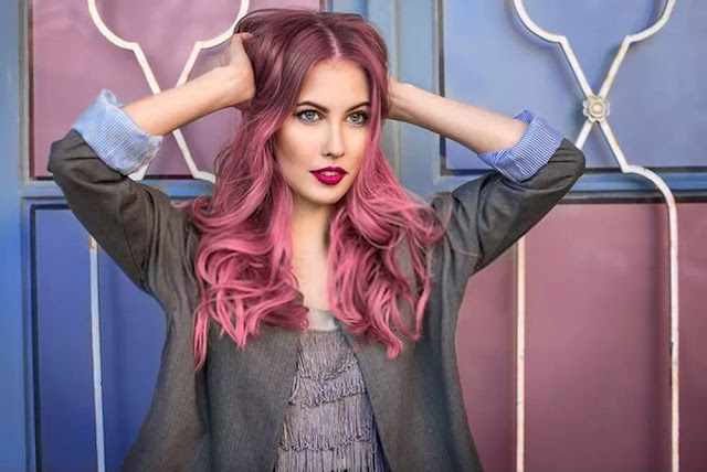 smart pink hairstyle