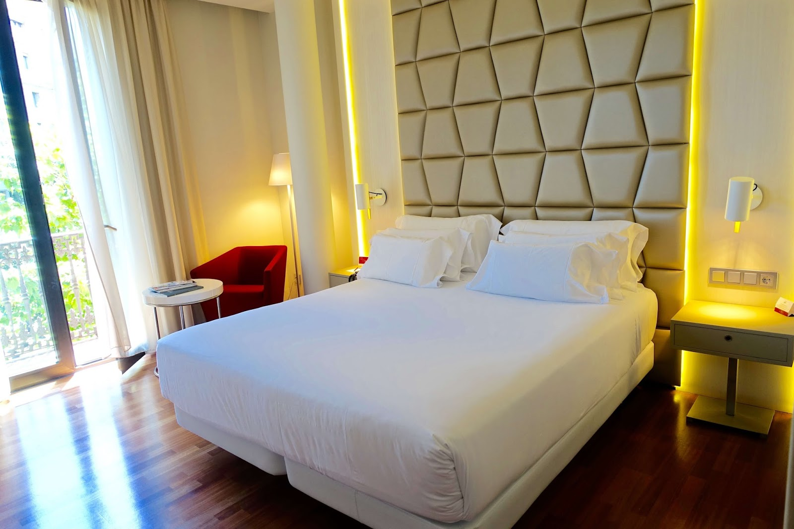 hotels near Plaza de Cataluña in Barcelona\