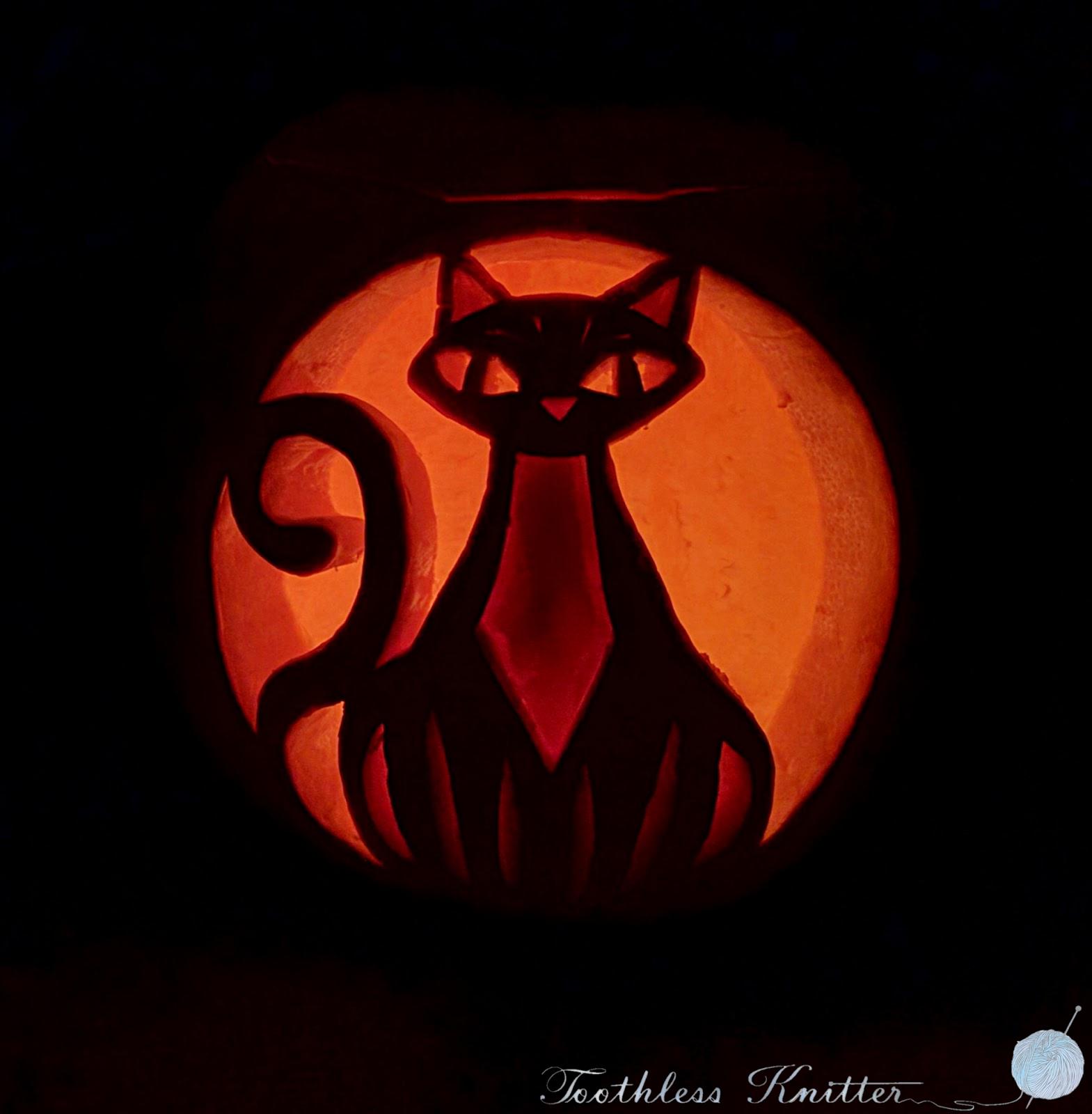 Halloween Cat Pumpkin Carving / Dynia z Wyciętym Kotem