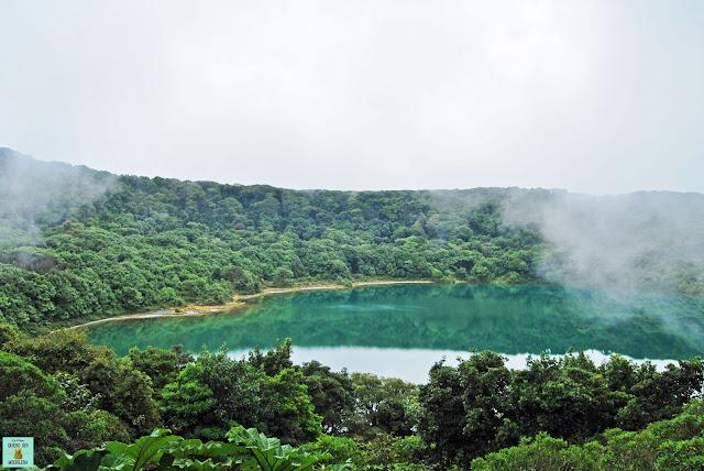 Laguna Botos en volcán Poás, Costa Rica