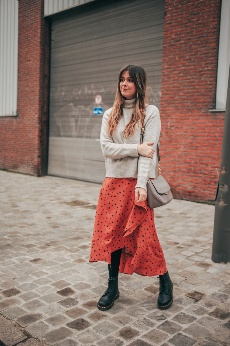 Outfit: Dr. Martens and flowy skirt