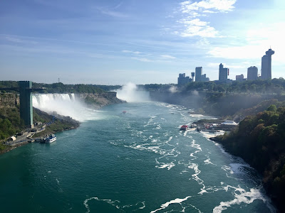 The US (near) and Canadian (far) falls, as seen from the center  of the Rainbow Bridge
