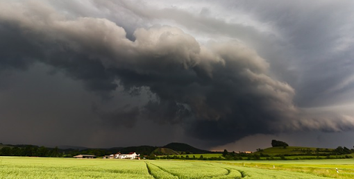 awan, kini saya ngerti, siklus hujan, cumulonimbus, misteri awan, bagaimana, padang rumput