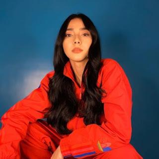 Filipino actress, Adrianna So