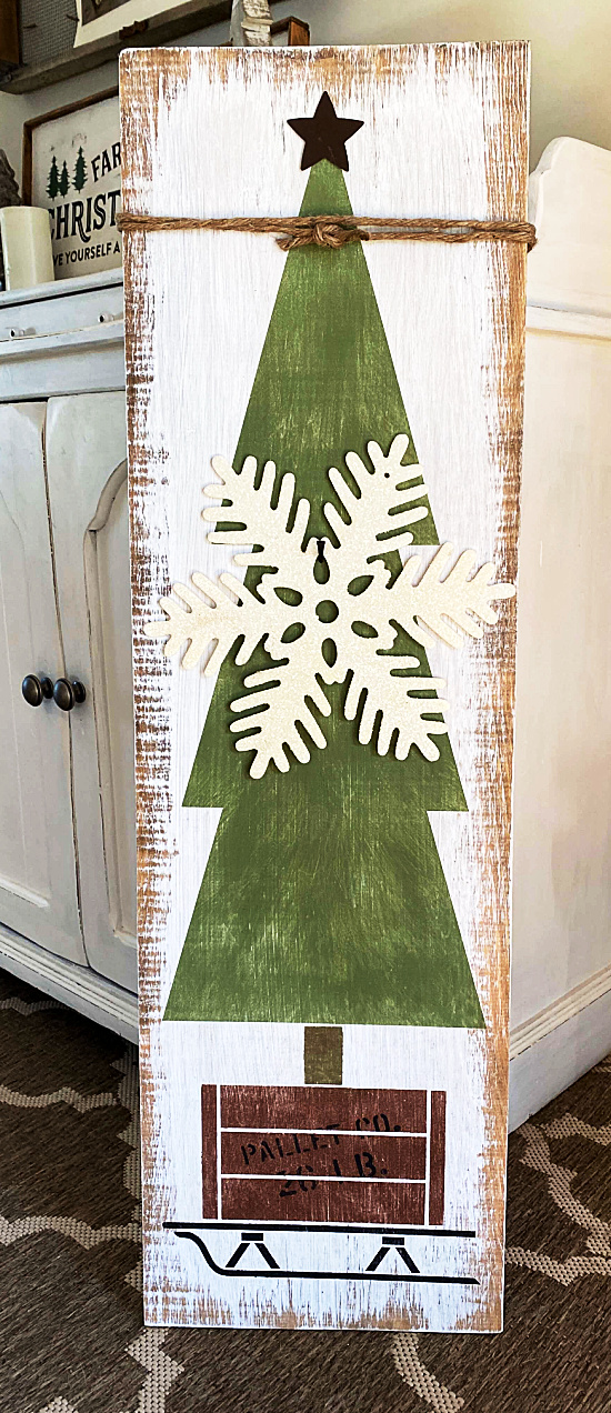 Christmas tree with a snowflake
