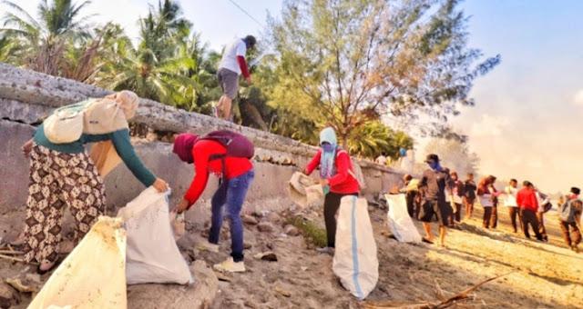World Clean Up Day 2019, Ribuan Warga, Bersihkan Pantai Benteng Selayar