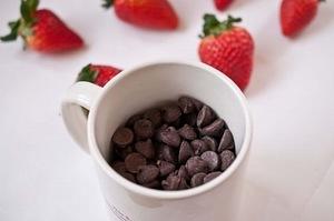 клубника, клубника рецепты, десерты из клубники, самые вкусные клубничные десерты, что можно сделать из клубники, ягодный десерт, клубника в глазури, десерт из свежих ягод, рецепты из клубники, клубника в шоколаде в домашних условиях, клубника в шоколаде на подарок, букет из клубники, букет из ягод, подарки на 5 марта, подарки на день влюбленных, ягоды в шоколаде, клубника в шоколаде мастер класс, как делать клубнику в шоколаде на продажу, клубника в шоколаде в домашних условиях, букет из клубники в шоколаде, торт клубника в шоколаде, клубника сладкоежка, фрукты в шоколаде, Варенье «Клубника в шоколаде», Как приготовить клубнику в шоколаде, Клубника в белом шоколаде и кокосовой стружке, Клубника в белом шоколаде и темных шоколадных чипсах, Клубника в глазури для романтического свидания, Клубника в розовом шоколаде на шпажках, Клубника в смокинге, Клубника в темном шоколаде, Клубника в шоколаде, Клубника в шоколаде «Божьи коровки» на День, Влюбленных, Клубника в шоколаде и хрустящем арахисе, Клубника в шоколаде на Хэллоуин,, Клубника в шоколаде с карамельными фигурками, Клубника в шоколаде Санта-Клаус, Клубника в шоколадном корсете, Клубника в шоколадных лодочках, Клубничные букеты — идеи, Клубничный шоколадный букет, Красивое оформление клубники в шоколаде, «Мраморная» клубника, «Услада для романтиков» — клубника в глазури, «Шляпа ведьмы» — клубника в шоколаде, Шоколадно-клубничные сердечки,клубника, клубника в шоколаде, шоколад, глазурь, ягоды, десерты ягодные, десерты клубничные, ягоды в глазури, десерты, сладости, глазурь шоколадная, блюда из клубники рецепты на день Влюбленных, клубника на День влюбленных, День влюбленных, клубника в корсете, эротические блюда,, Как приготовить клубнику в шоколаде http://deti.parafraz.space/