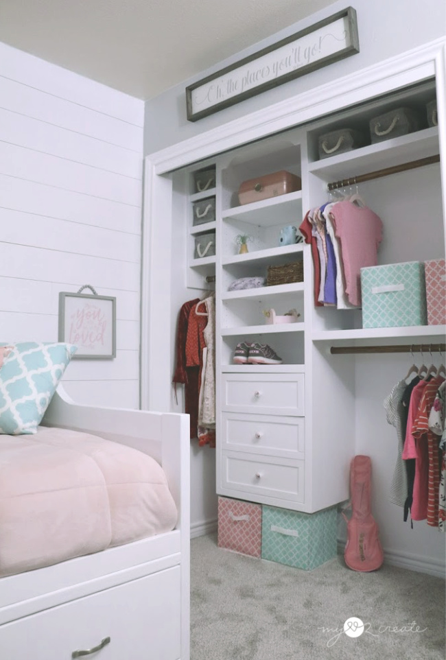 DIY Closet in Tween girls room