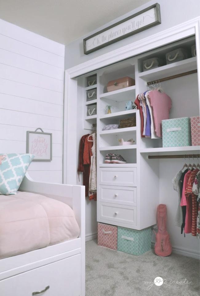 DIY Closet in Tween girls room