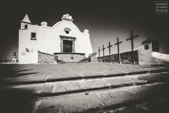 Chiesa del Soccorso, Chiesa di Santa Maria del Soccorso, Forio, Isola d' Ischia, Chiese di Ischia, Foto Ischia, Foto di Ischia, Foto Ischia Bianco e Nero,