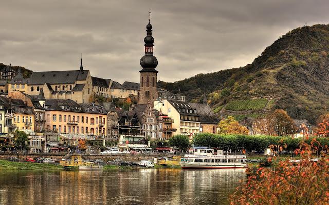 Cochem Wonderful and Charming Autumn Germany HD Desktop Wallpaper