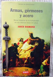 Portada del libro Armas, gérmenes y acero, de Jared Diamond