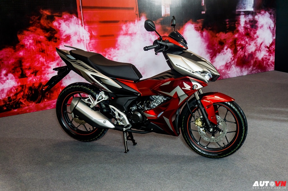 """Honda tiếp tục """"thống lĩnh"""" thị trường xe máy Việt Nam"""