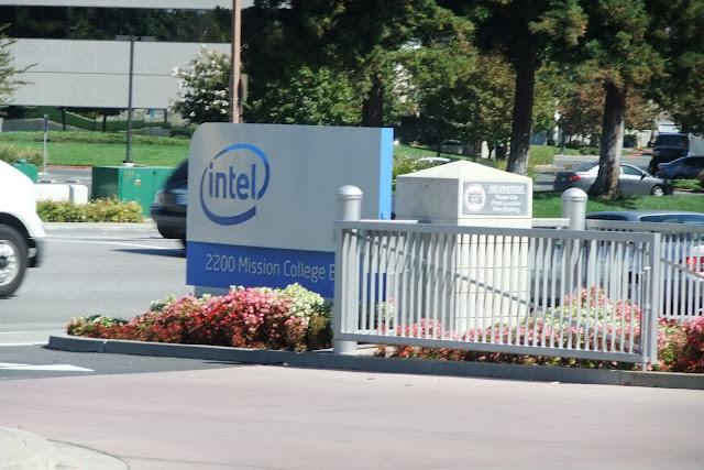 intel-hq2 インテル本社