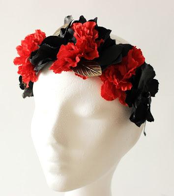 PV 2018 Negro Rojo Corona floral