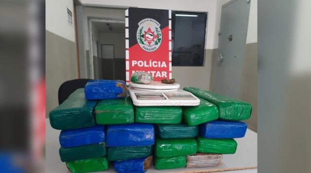Polícia Militar apreende cerca de 20 quilos de drogas na zona rural de Teixeira