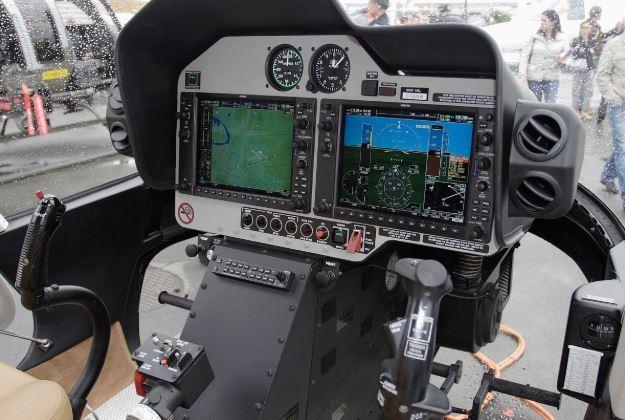 Bell 407GX cockpit