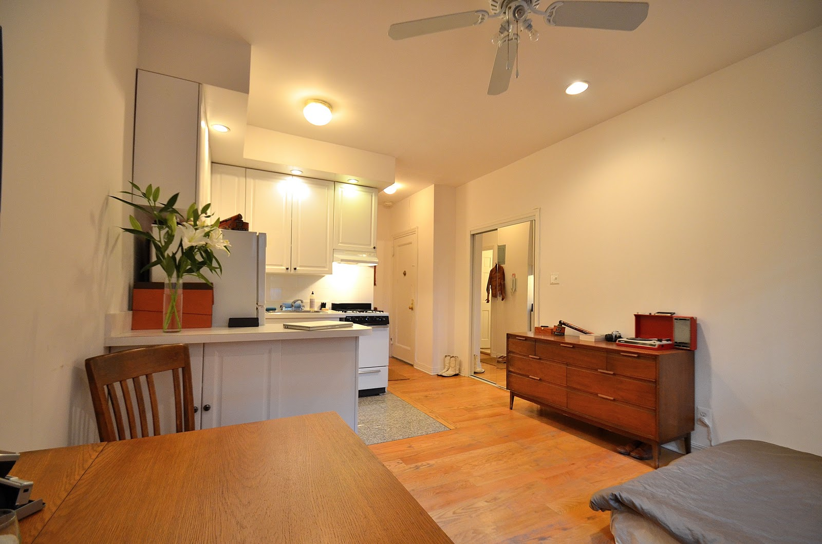 City living apt blog welcome nyc east village studio for - Pictures of studio apartments ...