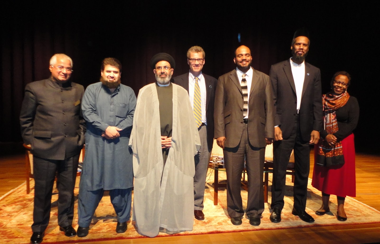 smith center muslim Islam and christian-muslim relations the macdonald center for the study of islam and christian-muslim relations is the country's oldest center for such study, opening in 1973.